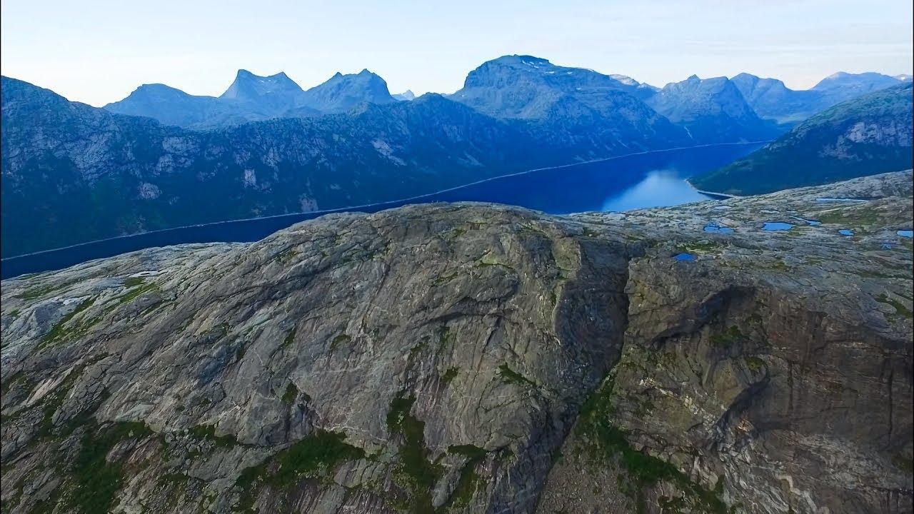 Blombakkfjellet mountain in Bodø