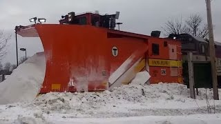 MBTX 1070 (F40PH-2C) w/ MBTA Russel Plows