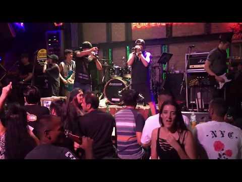 Walking street Pattaya live band :Music,drinks and drugs