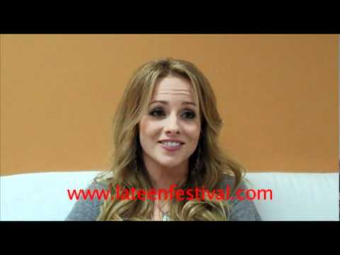 Kelly Stables talks about The Exes