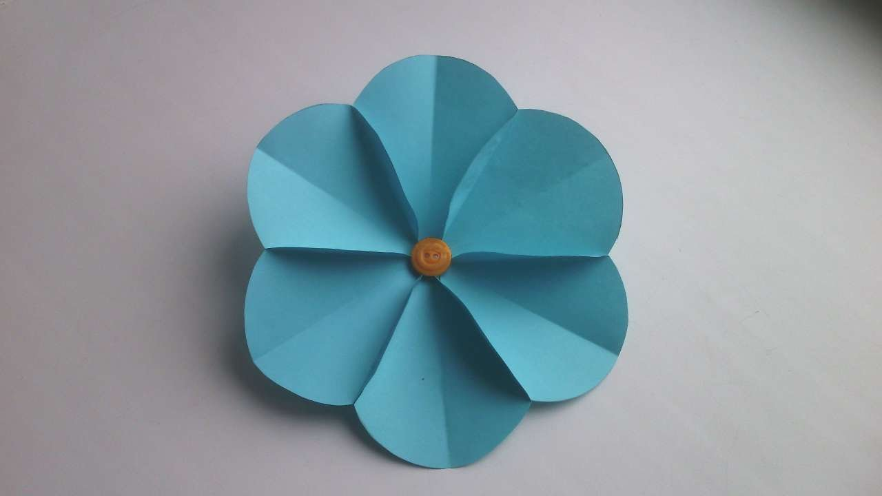 How to make a simple flower with paper juvecenitdelacabrera how to make a simple paper flower diy crafts tutorial mightylinksfo