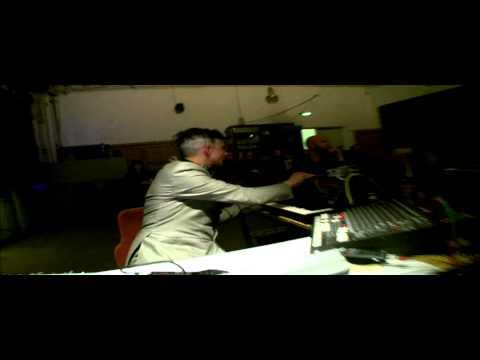 Felix Kubin & ensemble Intégrales - ECHOHAUS.mp4