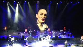 ХРЯСЬ! Прикол на концерте Елены Ваенги (Шопен)