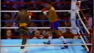 Edwin Rosario vs Livingstone Bramble (KO2)