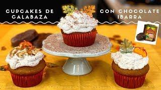 Pumpkin Cupcakes With Chocolate Ibarra Sprinkles/ Panecitos de Calabaza Con Chocolate Ibarra