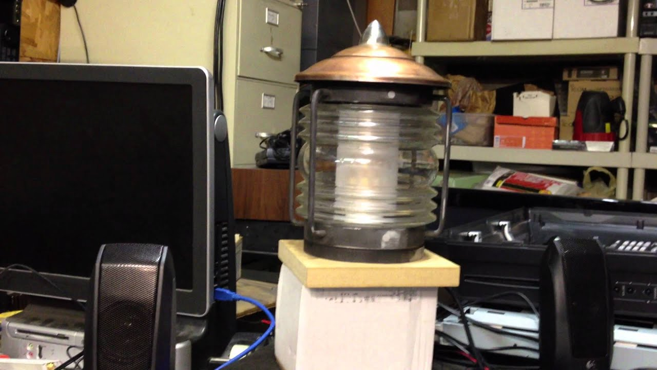 TARDIS lamp with lights and sound - YouTube