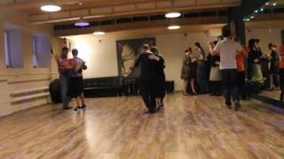 Танцуем Танго в