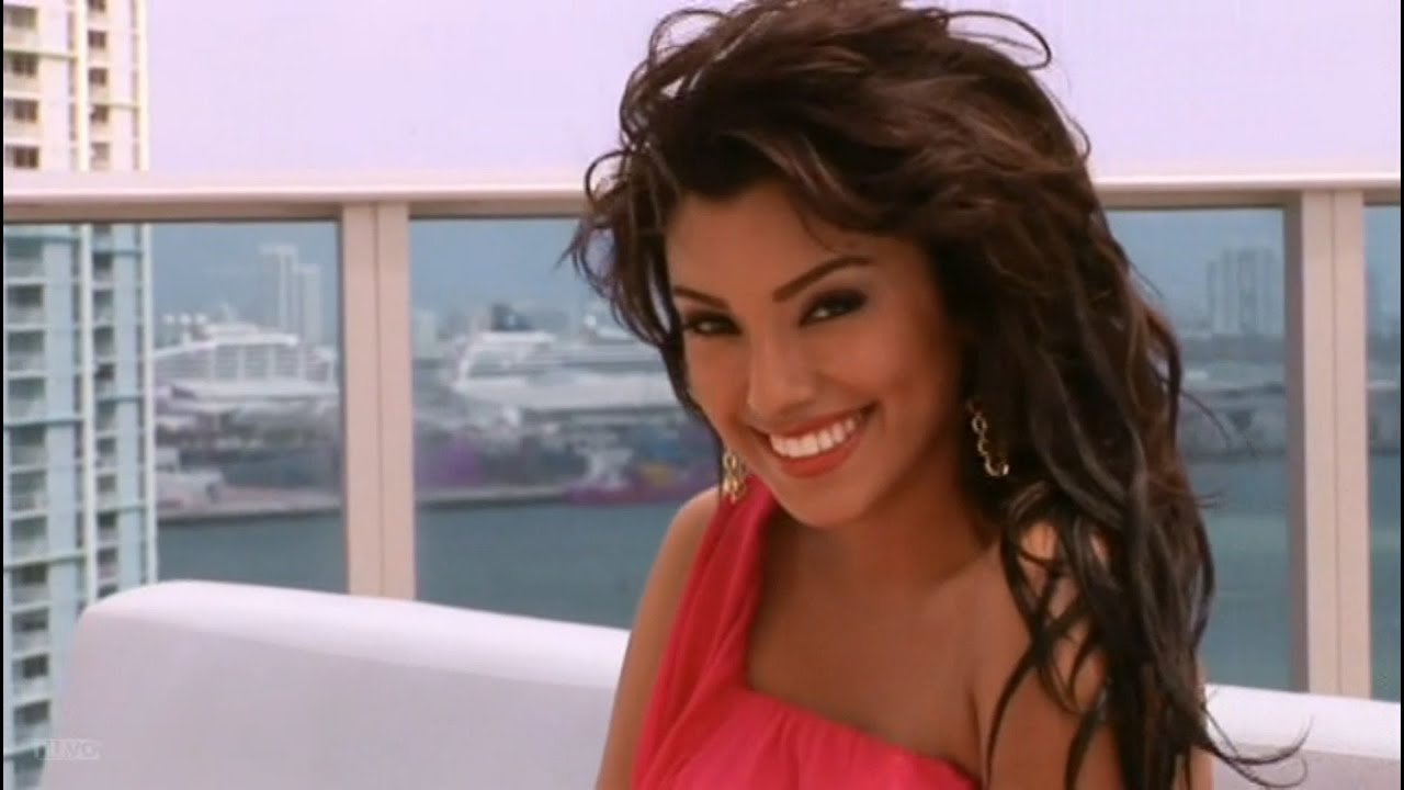 Lauren Young Erotic video Mara Lopez (b. 1991),Livinia Nixon
