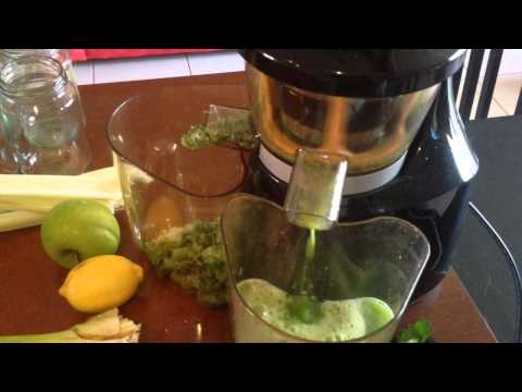 How to make cold-pressed green juice