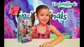 Розпакування Энчантималс Лялька Скунс і Варя enchantimals toys mattel в дитячому блозі