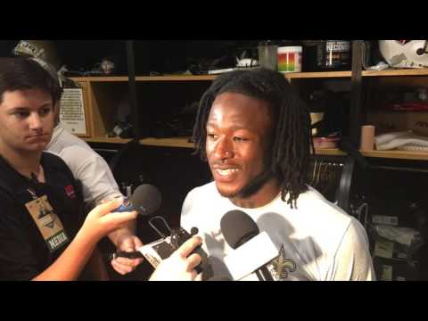 Alvin Kamara excited to learn from Adrian Peterson, Mark Ingram
