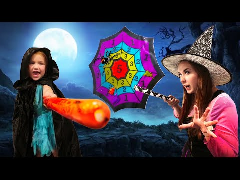 WATCH OUT FOR WITCH MOM!! Who will be the ultimate Halloween Game Master (new games with dad)