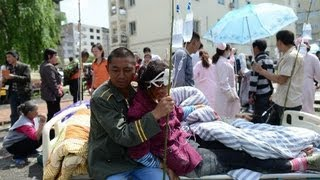 CHINA 7.0-magnitude QUAKE in Sichuan Scores DIE and hundreds HURT