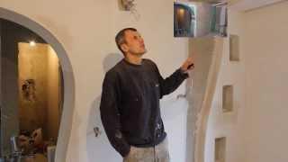 Дизайн зала  своими руками Обзор ремонта дома(Дизайнерское решение ремонта в зале частного дома.Оригинальный переход короба с потолка на стену.Оформлен..., 2014-01-16T07:17:43.000Z)