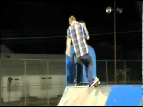 This is a Skate Montage