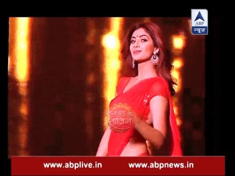 Shilpa Shetty's sensuous moves at grand finale of Super Dancer will blow you mind thumbnail