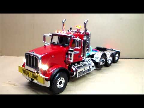 Custom-Lit Peterbilt 389