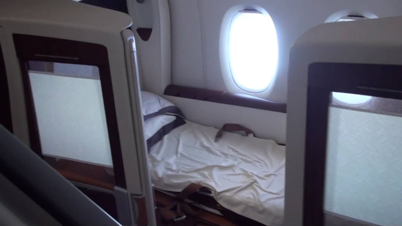 Singapore airlines a380 first class suite youtube for First class suite airline