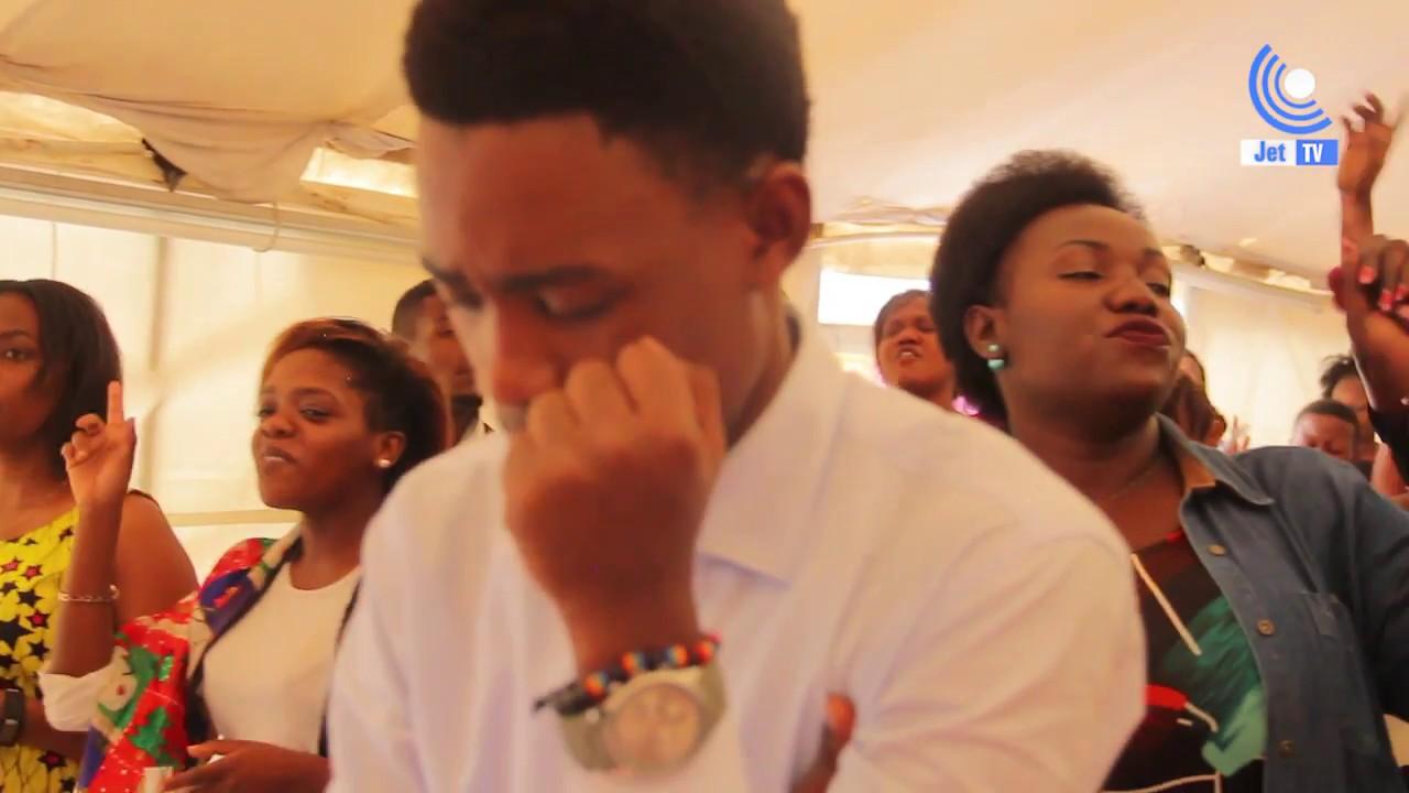 Download Huku Paul Clement huku Joel Lwaga kwenye event ya Amani worship Service.