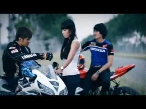 [ RHM VCD Vol 134 ] Kom Somlirng Bong Douch Nak Dor'tey - Zono (Khmer MV) 2012