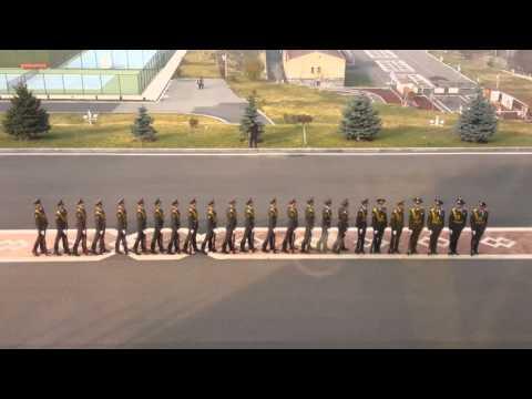 Дефиле рота почетного караула Армении