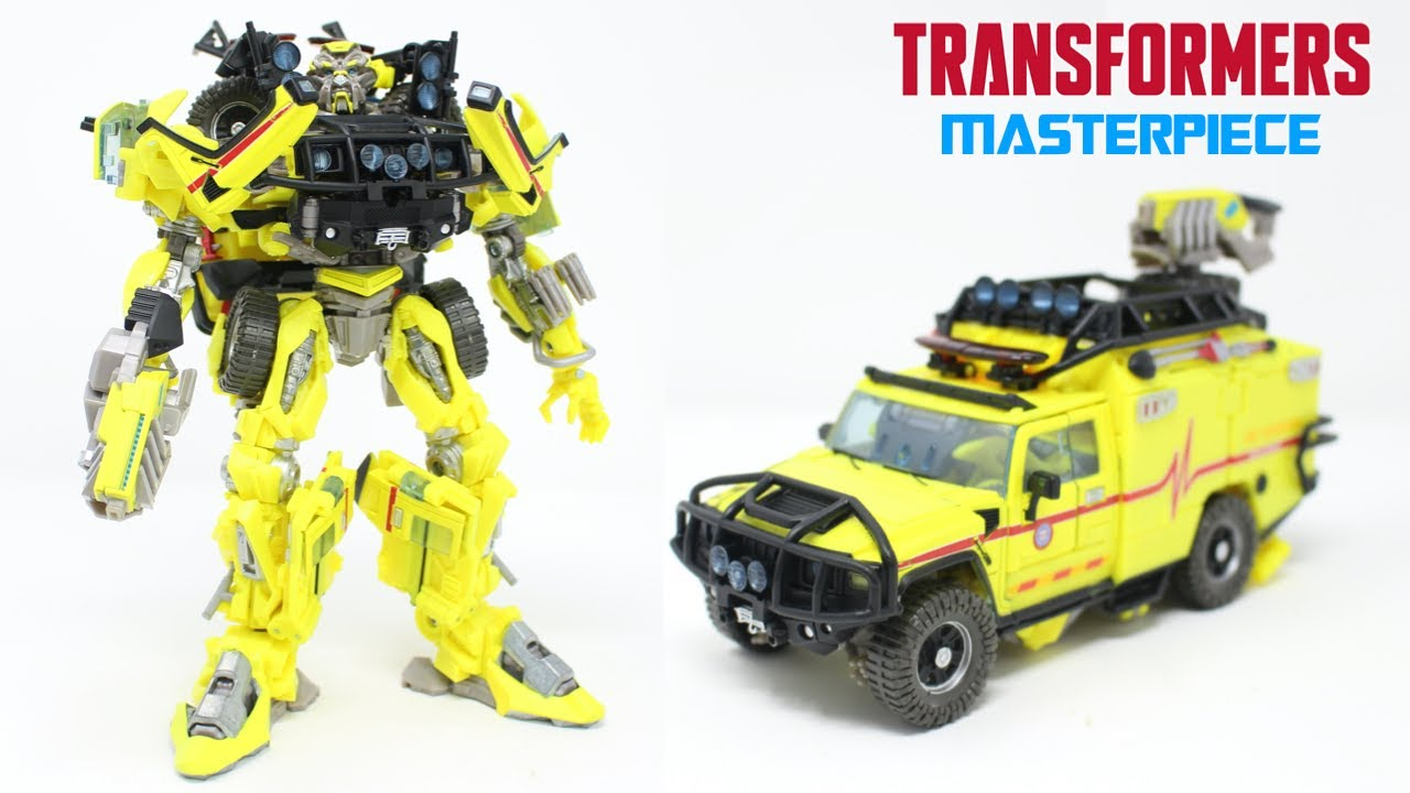 Transformers Movie Masterpiece MPM-11 Ratchet In-Hand Review by PrimeVsPrime