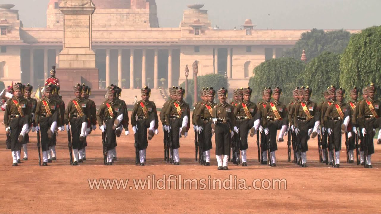 The governor general s foot guards - Foot Guards In Their Full Dress Uniform At The Change Of Guard In Rashtrapati Bhavan