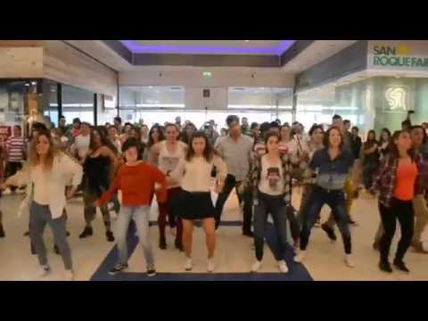 Flashmob Tres Cruces Shopping Terminal (Montevideo, Uruguay)