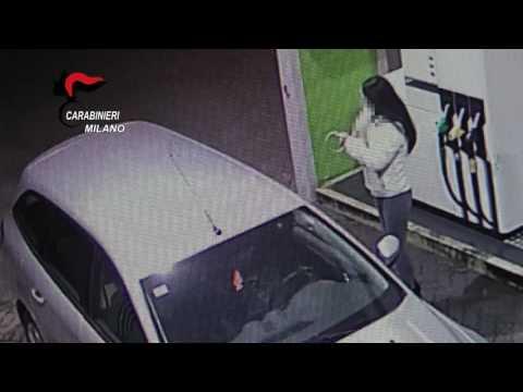 Milano: fa prostituire la moglie, arresto in diretta dei Carabinieri