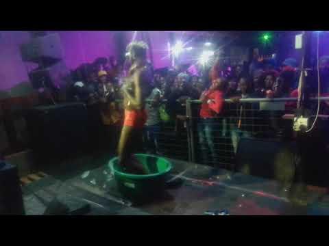 Watch Star Tsha Venda - Ndi Tambela Kha Ndishi ( Performance)