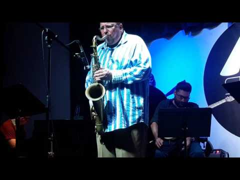 Ed Calle ( with the World Music 5)