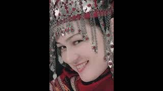 Türkmenistan Ata Watanym ,Türkmensahra Türkmenilim ,Türkmen aydymy : Seni goresim gelyar (Dutarda)