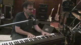Canción de Bajo Belgrano - Spinetta/Sujatovich (ensayo Vélez 2009) YouTube Videos