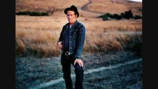 Watch Tom Waits Blue Skies video