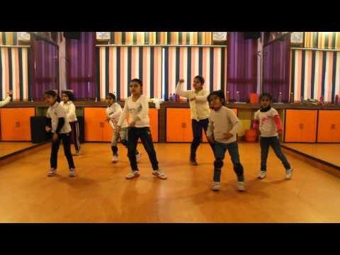 honey singh blue eyes the dance style by step2step dance studio,mohali-chandigarh,09888697158 Travel Video
