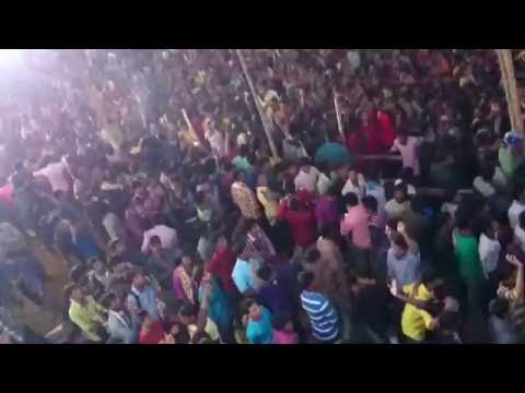 collage Crazy girls boys masti video HD college Girls Dance in Public | Desi girls