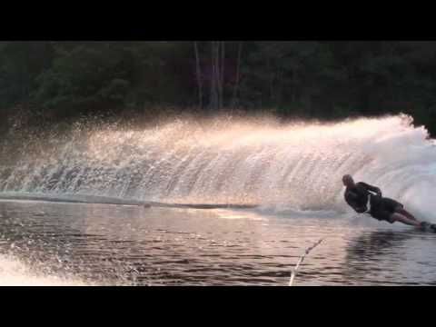 36 MPH - Slalom water skiing at top speed