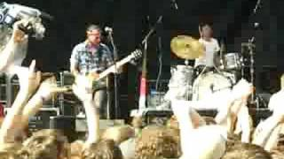 Les Savy Fav - The Year Before... (clip), at Pitchfork 2008