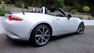Mazda MX-5 Miata Sport Recaro in Ceramic White with Mazda Accessories
