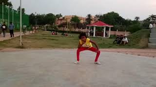 Free style dance By (alisha) (choreography by RAJKUMAR SHIKHAR )please  subscribe and share