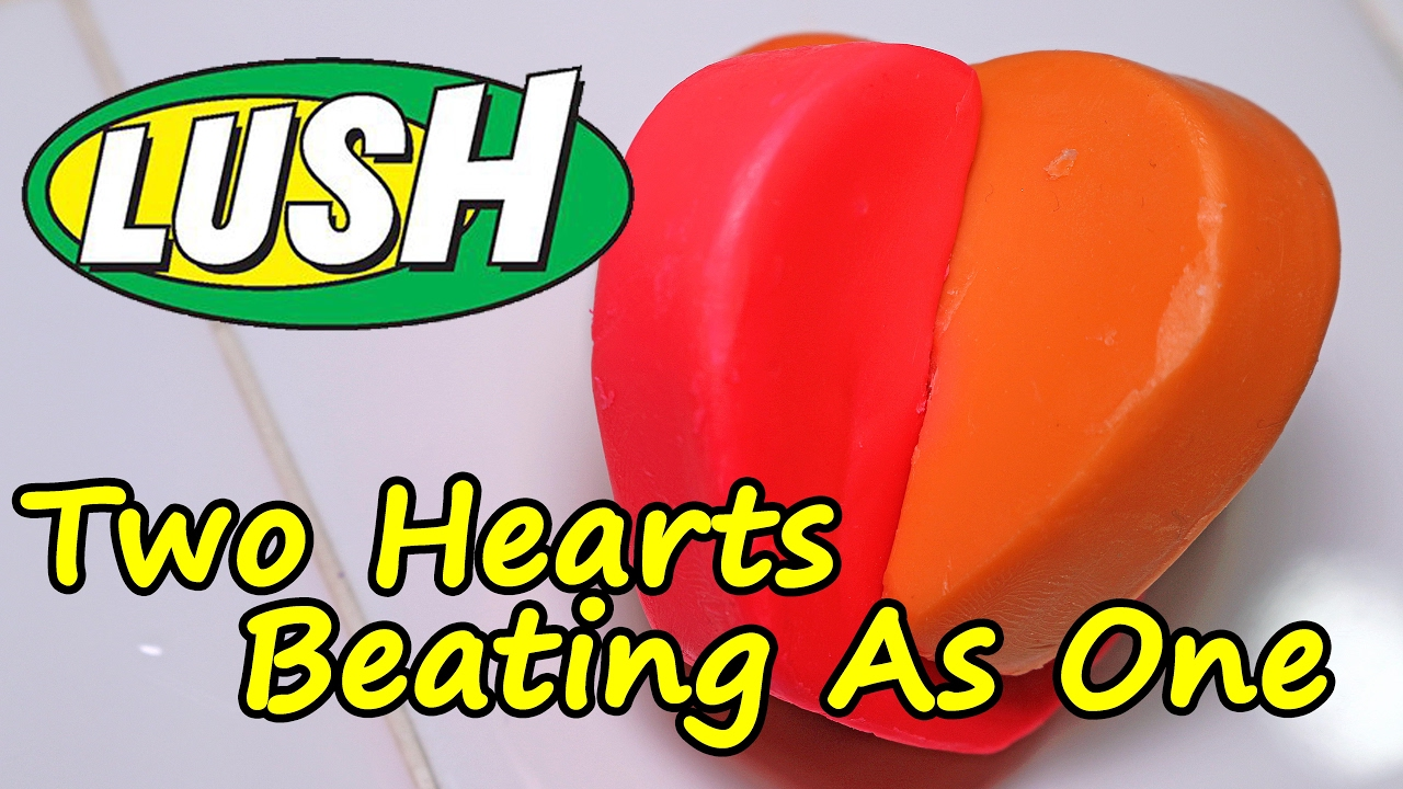 LUSH Two Hearts Beating As One Luxury Bath Melt DEMO Underwater REVIE