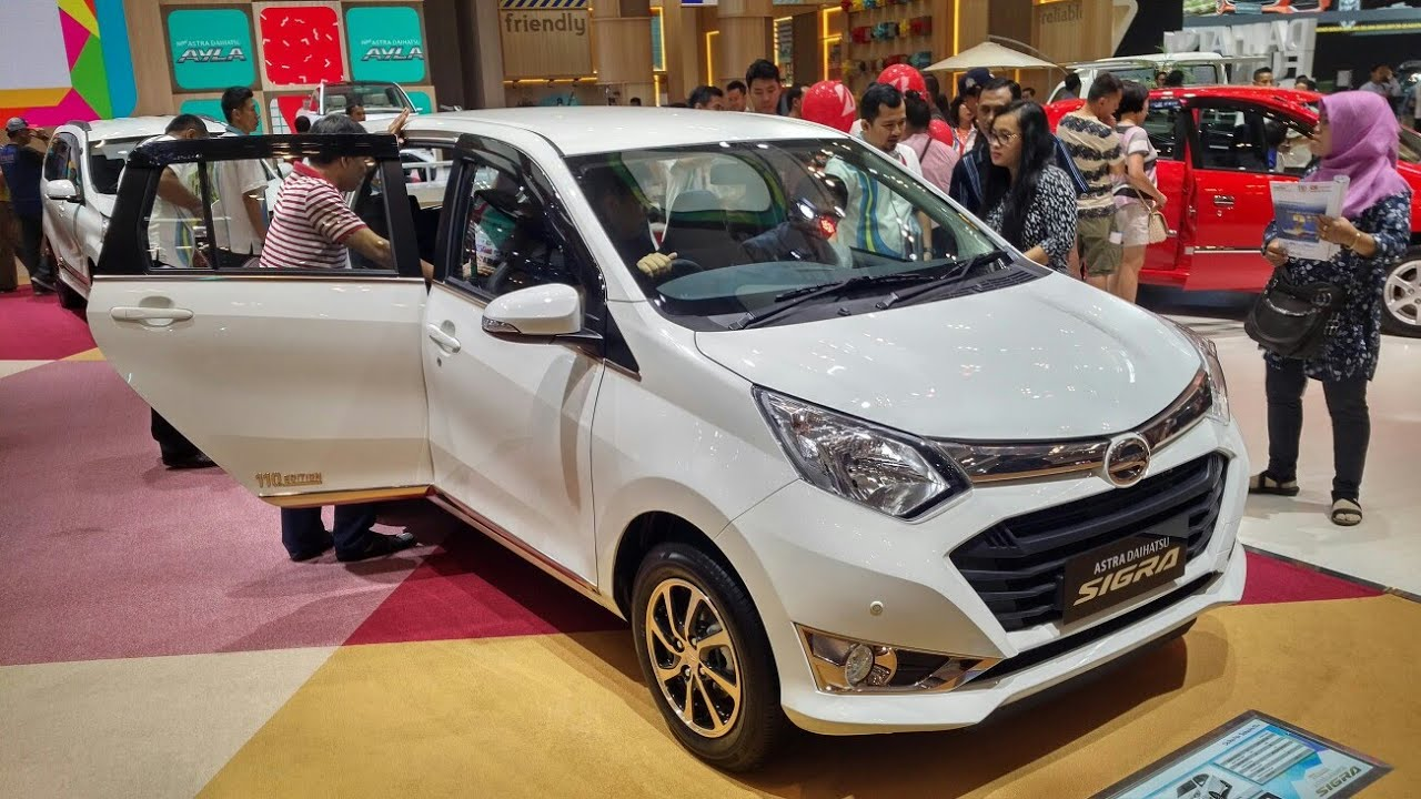 Daihatsu Sigra R Deluxe A/T 110th Limited Edition : Apa