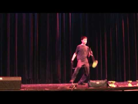 Talent Show Diabolo (Chinese Yo-Yo) Performance