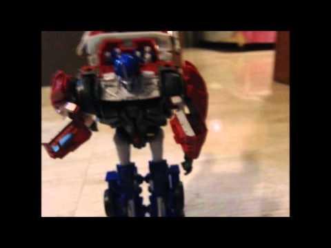 optimus prime vs max steel parte 1 - YouTube