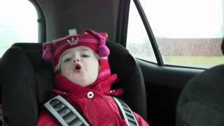 Toddler singing Icelandic