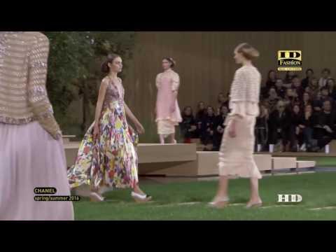 Karl Lagerfeld  Показ весна лето 2016