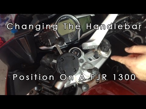 how to change headlight bulbs on fjr