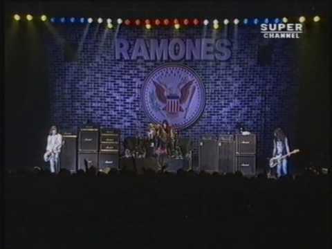 The Ramones - Rock N' Roll High School (UK - 1992)
