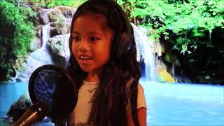 EllaMarie Singing (Solo)