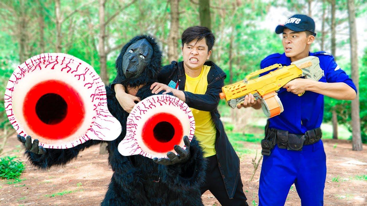 Battle Nerf War Compete to find power eyes nerf & Police nerf guns magic eyes Battle